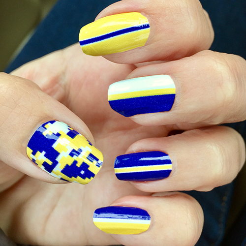Digi nail art images nail art and nail design ideas royal blue gold with white vertical stripe nail wrap royal blue gold white vertical stripe nail prinsesfo Images